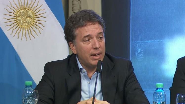 Gobierno de Argentina afirma haber cumplido meta fiscal del primer semestre