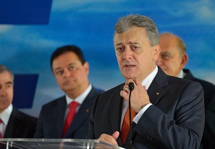Capturan al ex presidente de Petrobras por recibir sobornos de Odebrecht