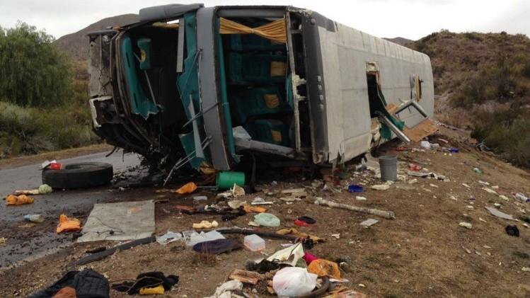 Tragedia en Mendoza: una pericia dice que los frenos del micro funcionaron