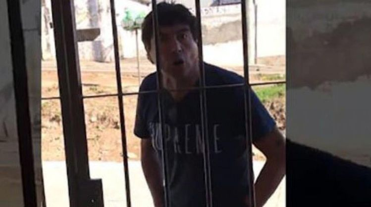 Quién es el hombre filmado mientras amenazaba a su ex — Violento y misógino