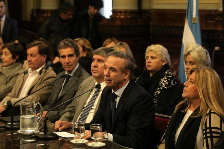 Consejo de la Magistratura argentina suspende a juez asociado con el kirchnerismo
