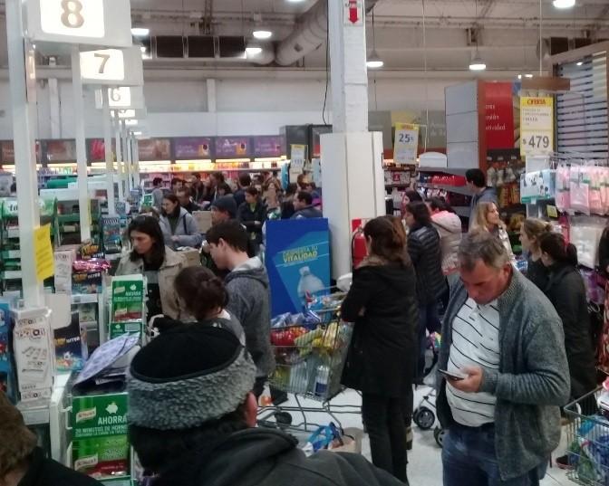 Otro miércoles con 50 por ciento de descuento en los supermercados