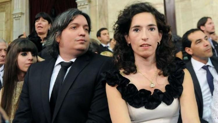 Escracharon a la esposa de Máximo Kirchner