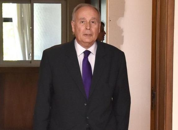 SE VA CABALLERO VIDAL PERO CUIDARÁ DE SU SUELDO