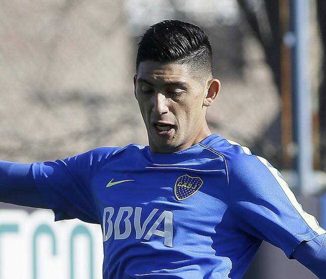 Guillermo probó un solo cambio: Espinoza por Cardona
