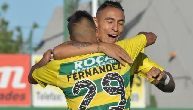 Defensa goleó a Lanús y mete presión por la Sudamericana