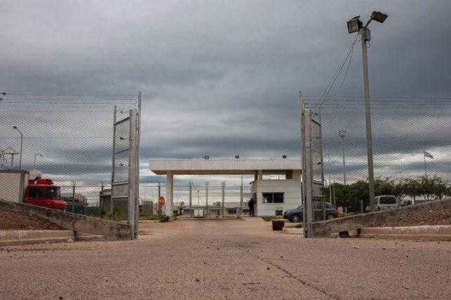 Motín en Almafuerte: un herido y traslados a otras cárceles