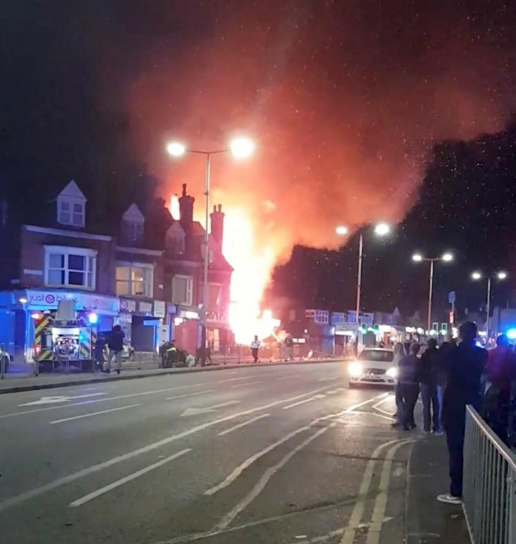 Se registra fuerte explosión en Leicester