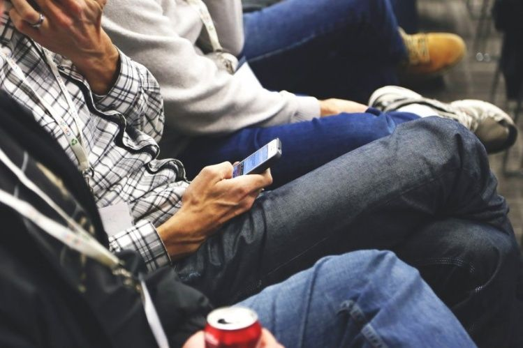 Los bancos podrán tener cafés y dar Wifi en sus sucursales