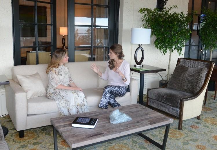 Duelo de estilos: Juliana Awada y Sophie Trudeau