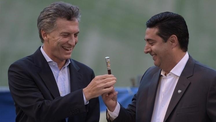 Macri postuló a Almirón como DT de la Selección Argentina
