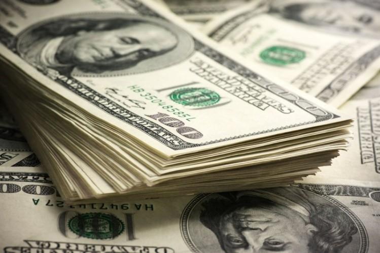 El dólar pisaba los 30 pesos — Sin freno
