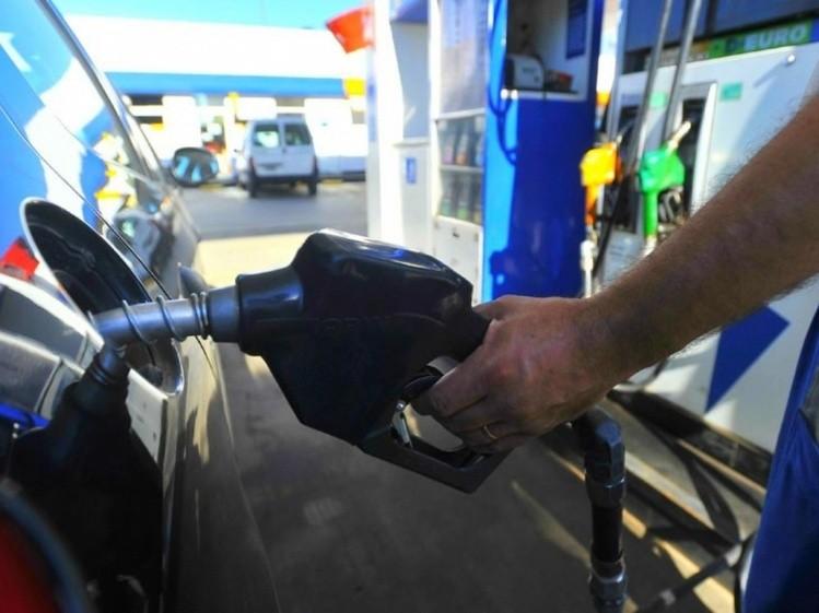 YPF subió nuevamente el precio de las naftas