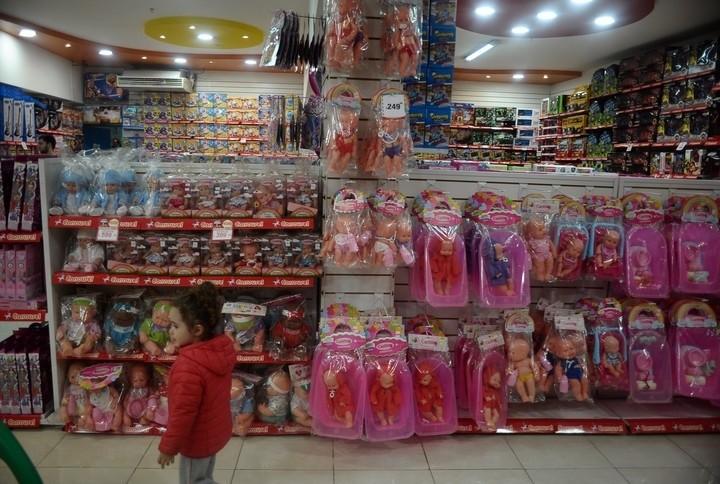 Las ventas en los comercios cayeron 3,3%, según CAME — Día del Niño