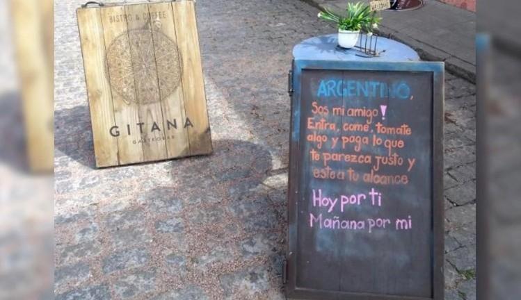El cartel uruguayo para los turistas argentinos