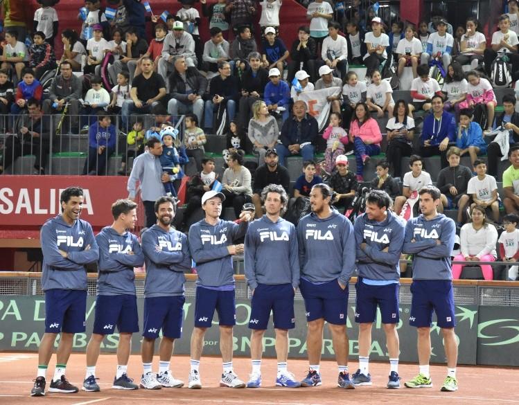 Argentina amplía su ventaja 2-0 en la Copa Davis contra Colombia