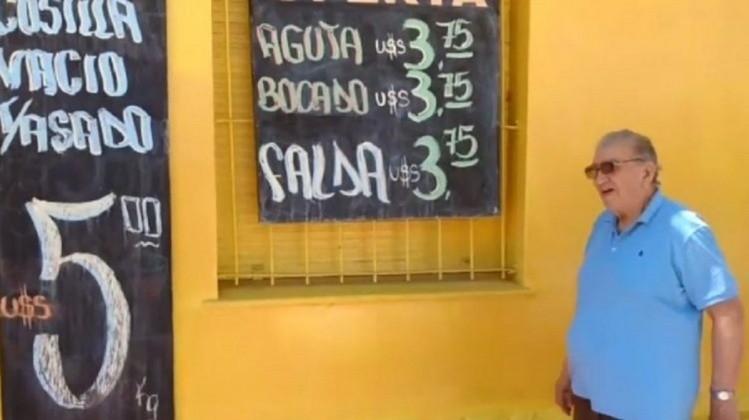 Por la devaluación, carnicería puso sus precios ¡en dólares!