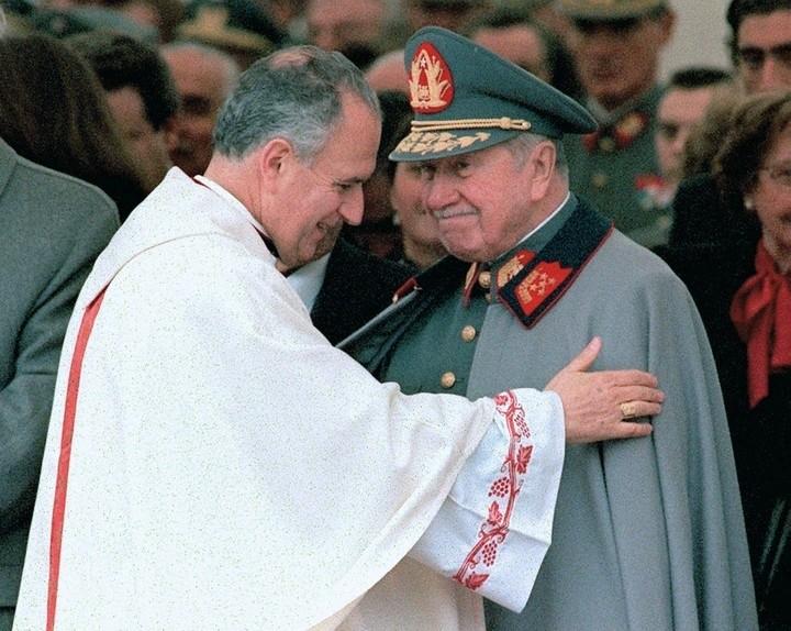 Un tribunal chileno retiene casi US$18 millones de Pinochet