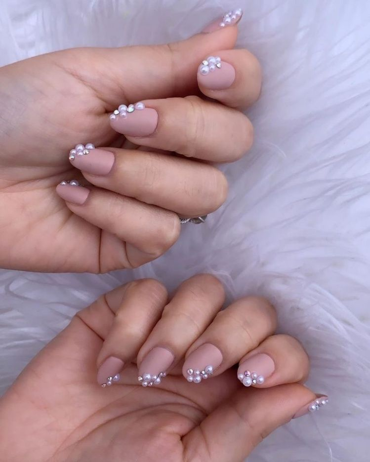 Perlas En Las Uñas La Peculiar Moda Que Se Impondrá Esta