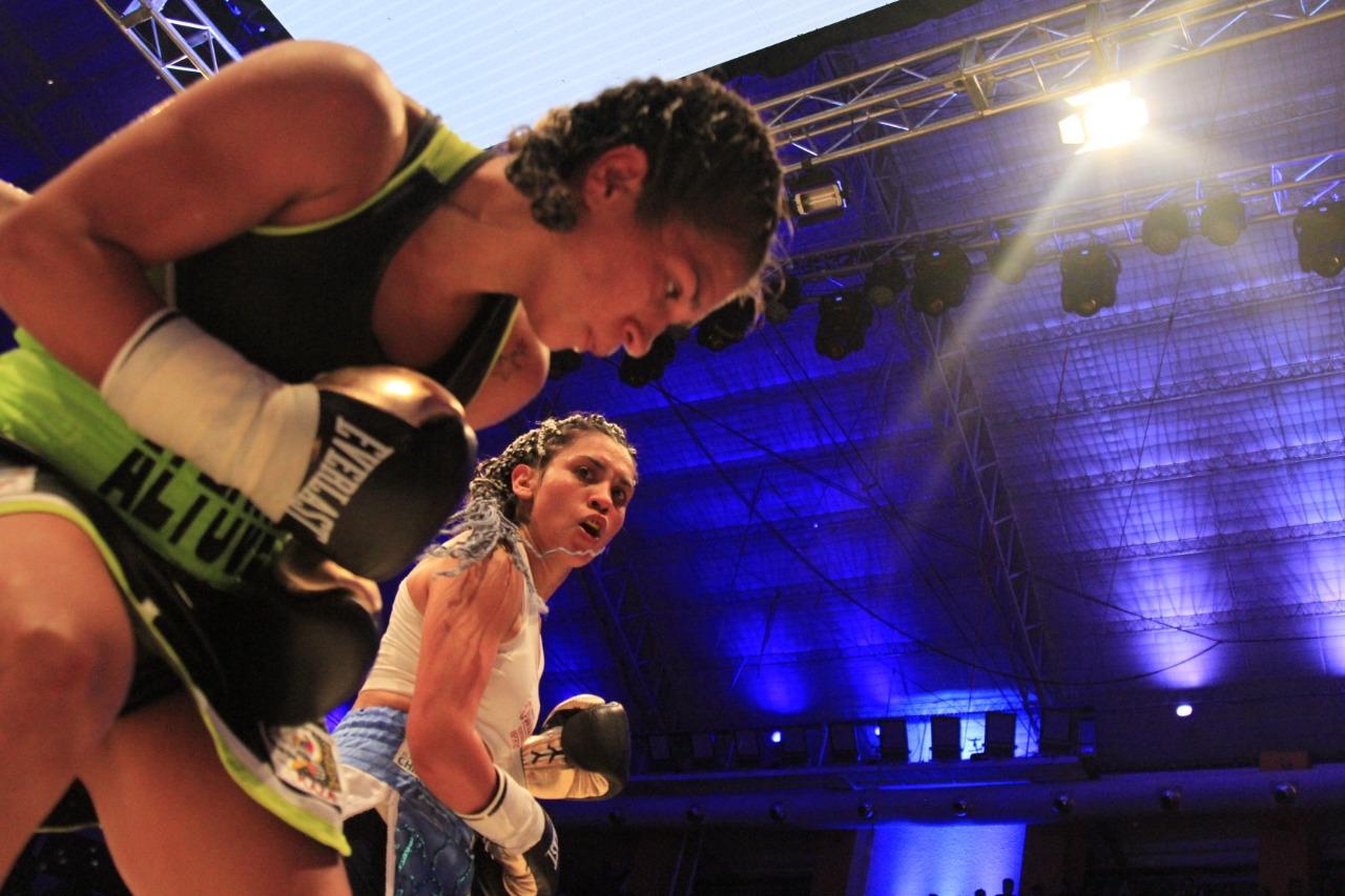 Leonela Yúdica superó a Altuve y redondeó una gran noche en el Aldo Cantoni - Boxeo Estadio Aldo Cantoni