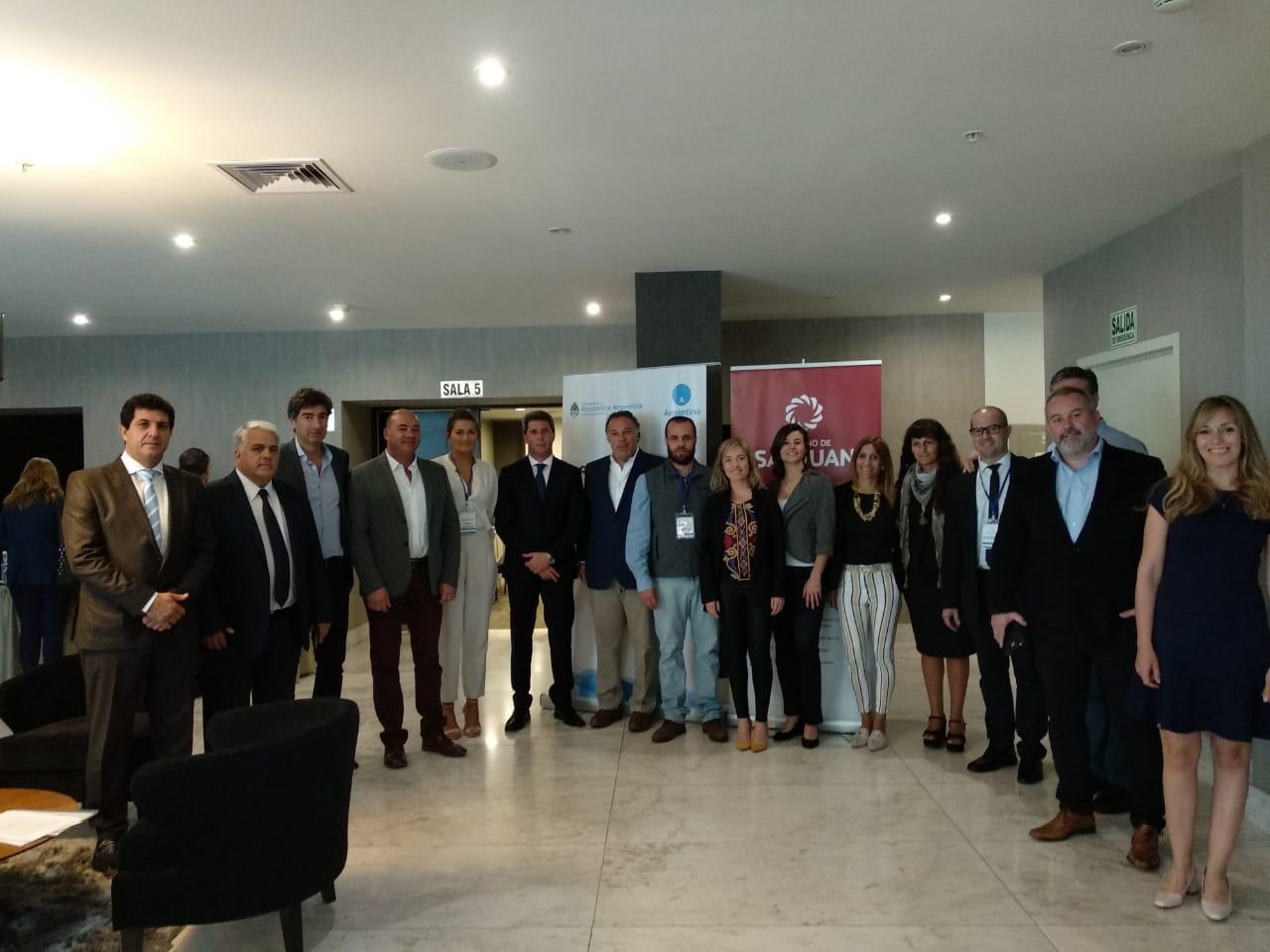 Con el gobernador Uñac, San Juan ofrece sus productos en Perú -